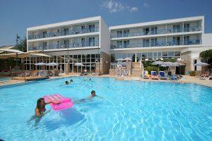 Hrvatska, Otok Brač, Bol, Bluesun Hotel Borak