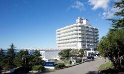 Hrvatska, Crikvenica, Hotel i paviljoni Omorika