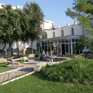 Hrvatska, otok Krk, Punat, Hotel Omorika