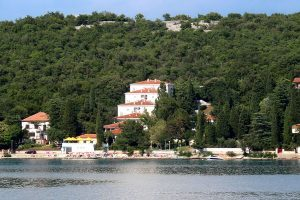 Hrvatska, otok Krk, Omišalj, Pansion Comfort Delfin