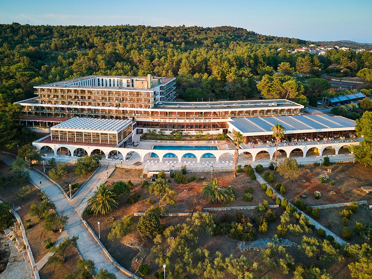 Hrvatska, Stari Grad, Arkada Sunny Hotel by Valamar