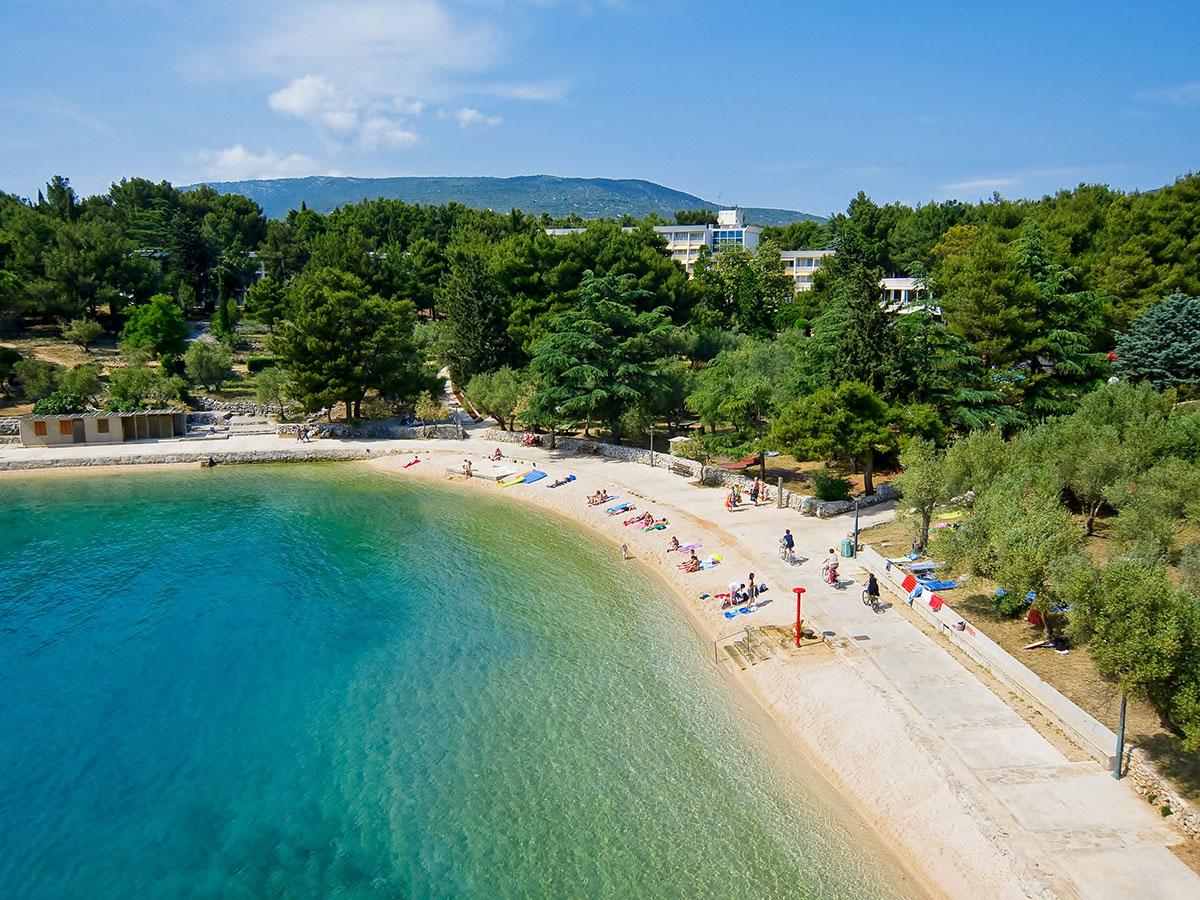 Hrvatska, Cres, Hotel i depandansa Kimen